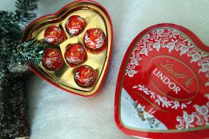 Lindt Milchschokolade in Metalldose 27g